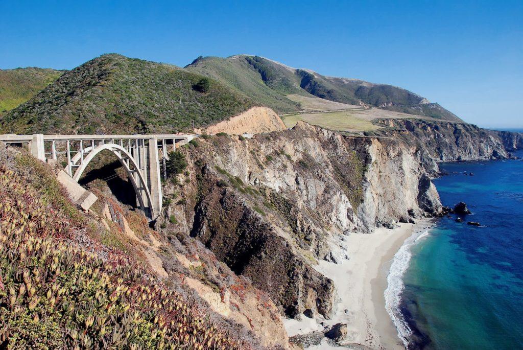 pobřeží Big Sur v Kalifornii, USA