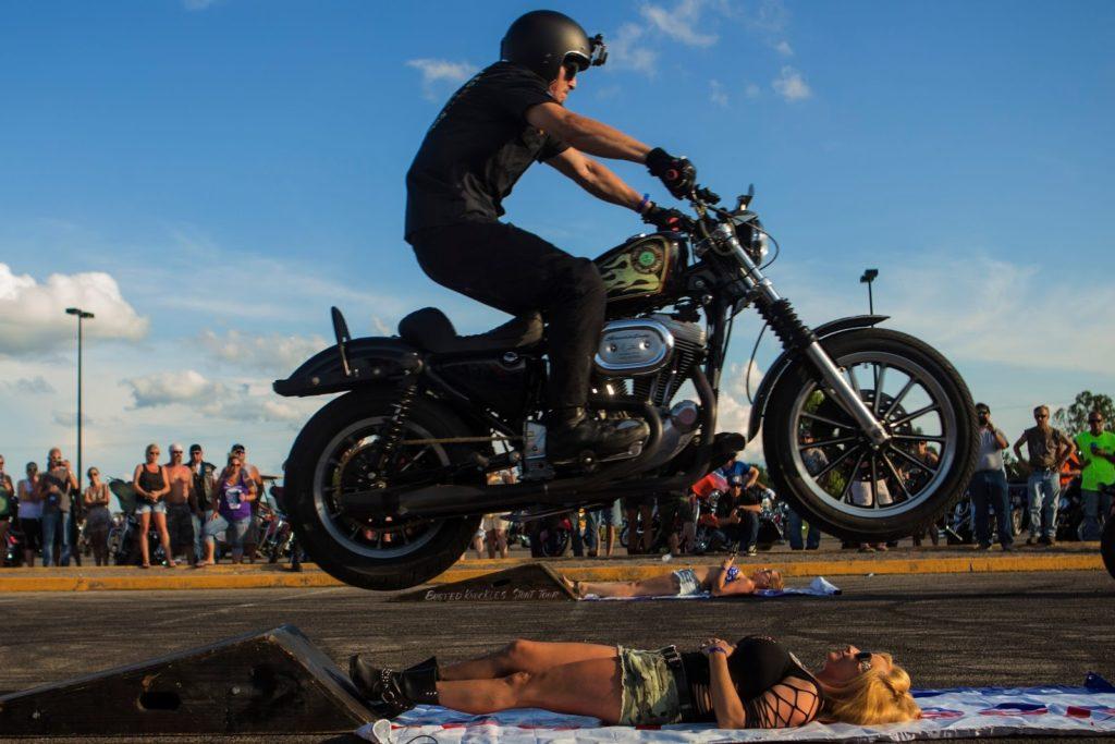 motocyklový festival v americkém Sturgisu