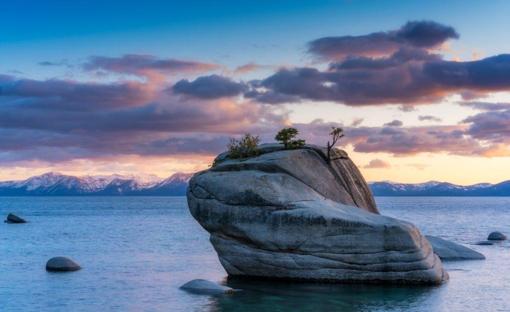 jezero Lake Tahoe v Kalifornii