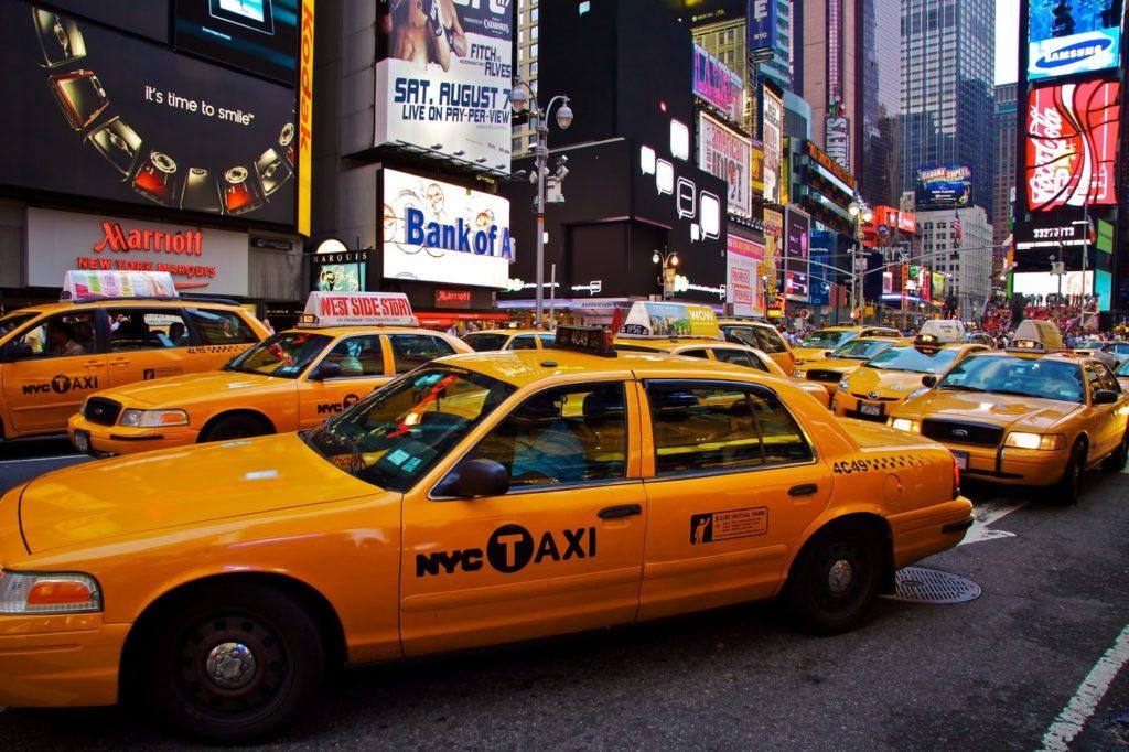 typický americký žlutý taxík