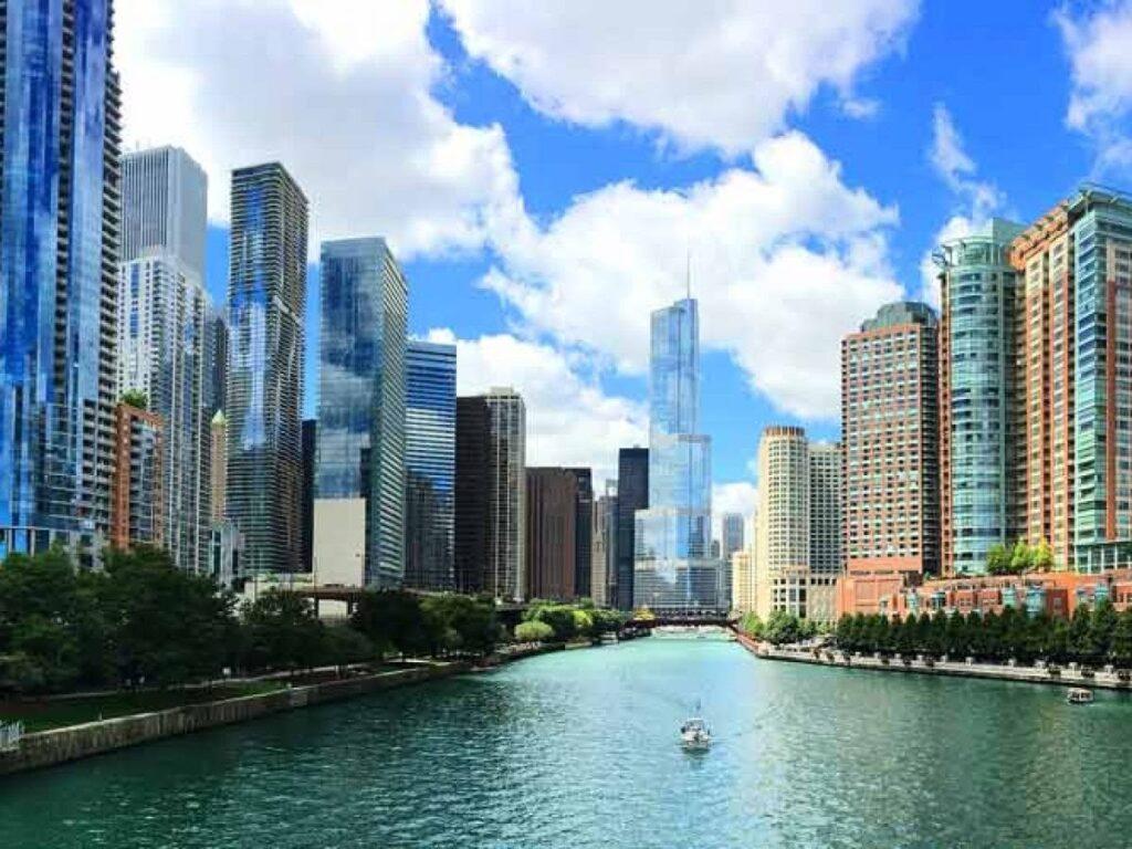 centrum amerického Chicaga je plné mrakodrapů