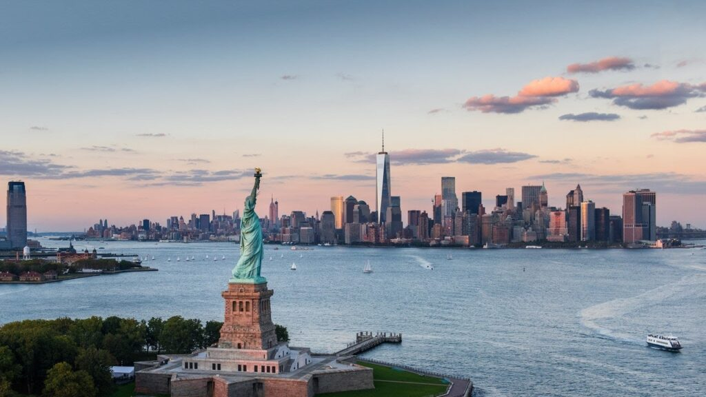 obrázek Sochy svobody s Manhattanem na pozadí