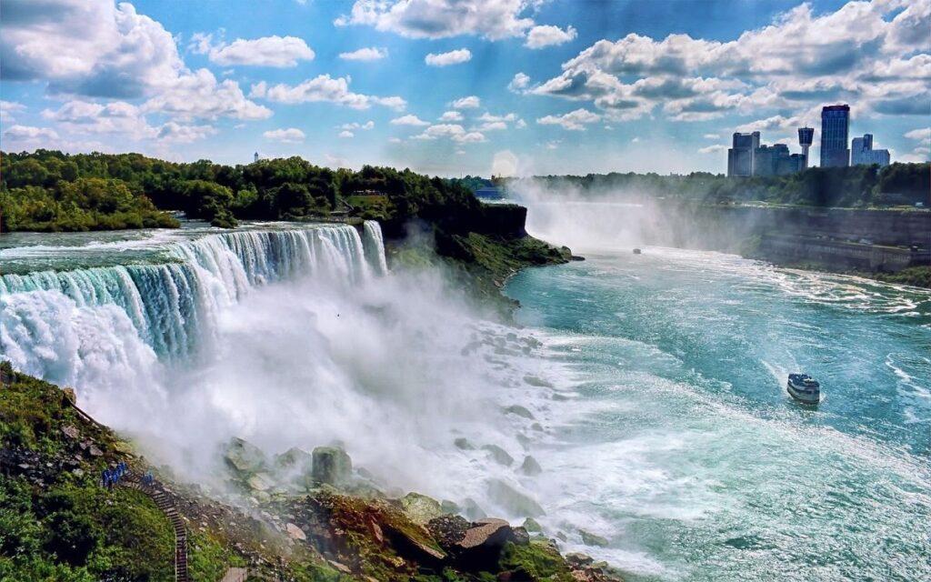 obrázek Niagarských vodopádů na severu USA
