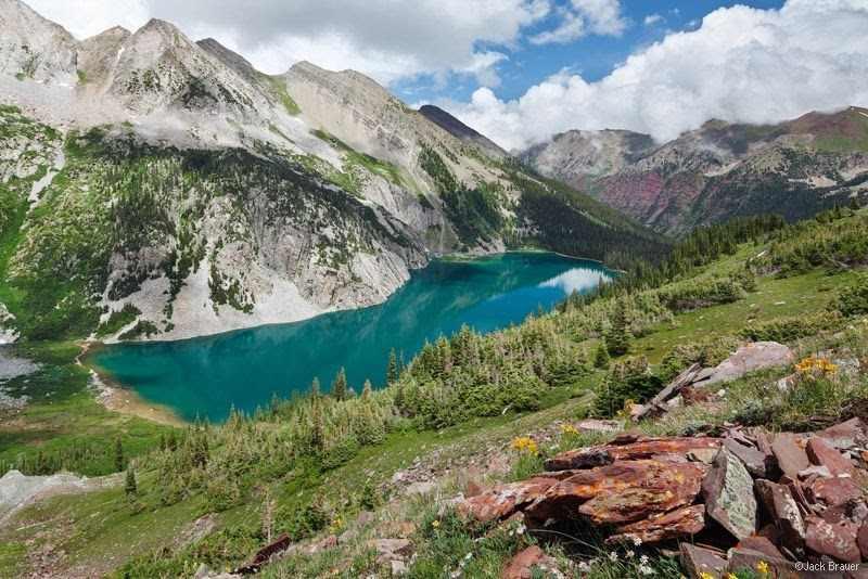 skály a jezera v Coloradu