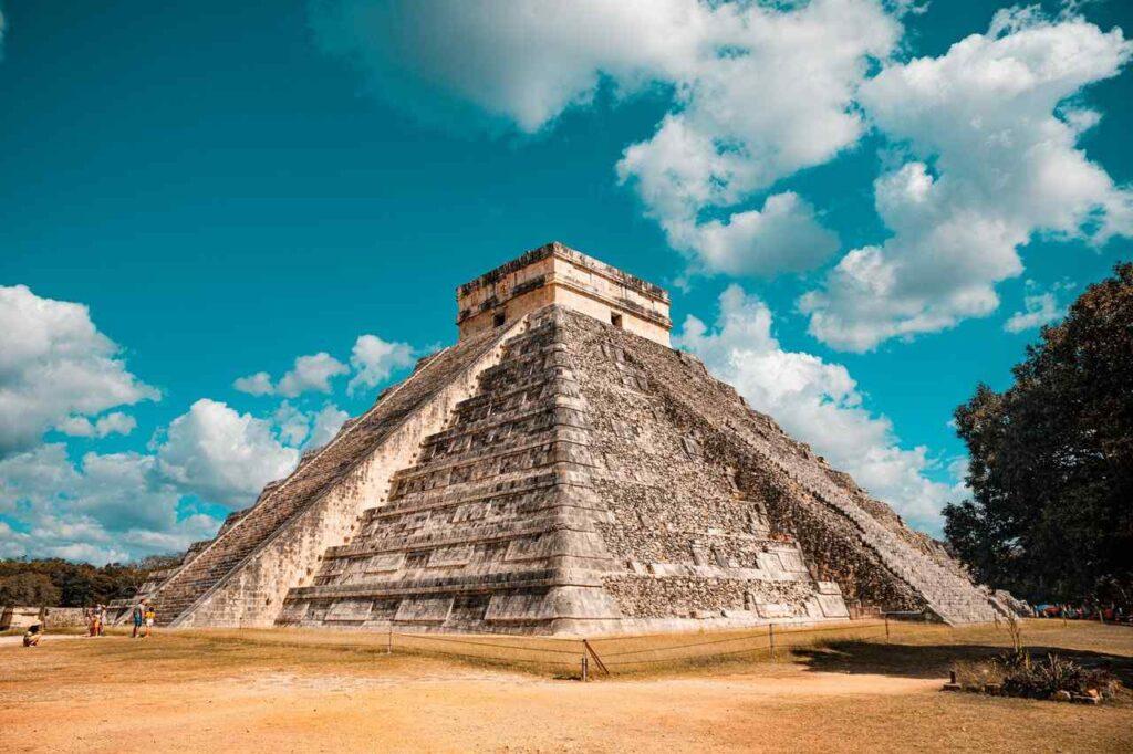 Mexická pyramida, kteoru lze navštívit i v době covidu-19