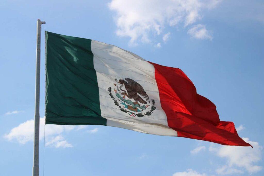 cesta do Mexika je možná po zaplacení daně Visitax