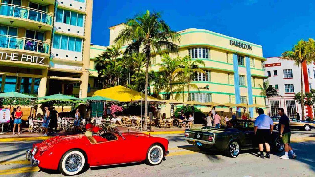 barevné a rozzářené Miami